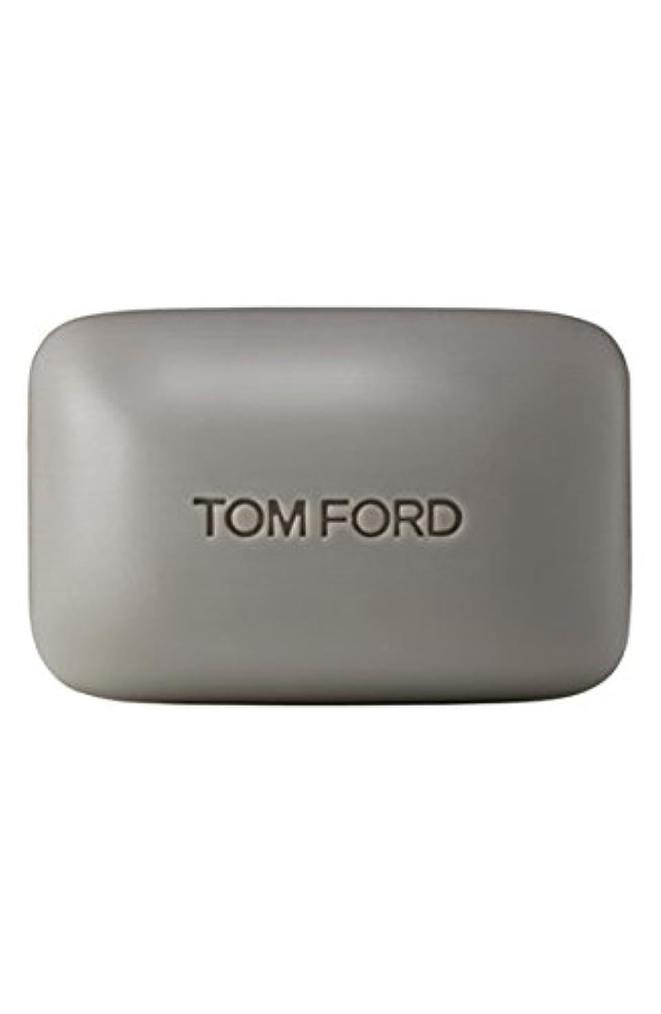 句回転させる司法Tom Ford Private Blend 'Oud Wood' (トムフォード プライベートブレンド オードウッド) 5.5 oz (165ml) Bar Soap (固形石鹸)