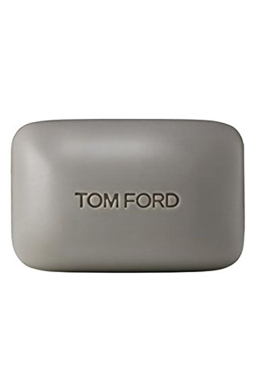神秘的なファンタジー扱うTom Ford Private Blend 'Oud Wood' (トムフォード プライベートブレンド オードウッド) 5.5 oz (165ml) Bar Soap (固形石鹸)
