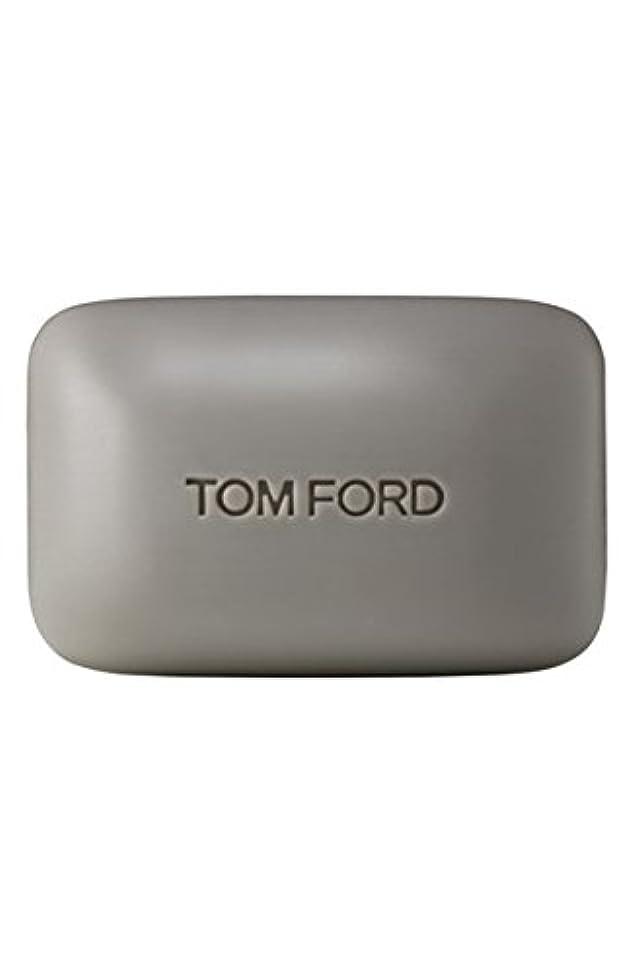 おんどり結晶接続されたTom Ford Private Blend 'Oud Wood' (トムフォード プライベートブレンド オードウッド) 5.5 oz (165ml) Bar Soap (固形石鹸)