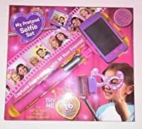 My Pretend Selfie Set Includes Toy Phone and Toy Selfie Stick and Photo Props [並行輸入品]