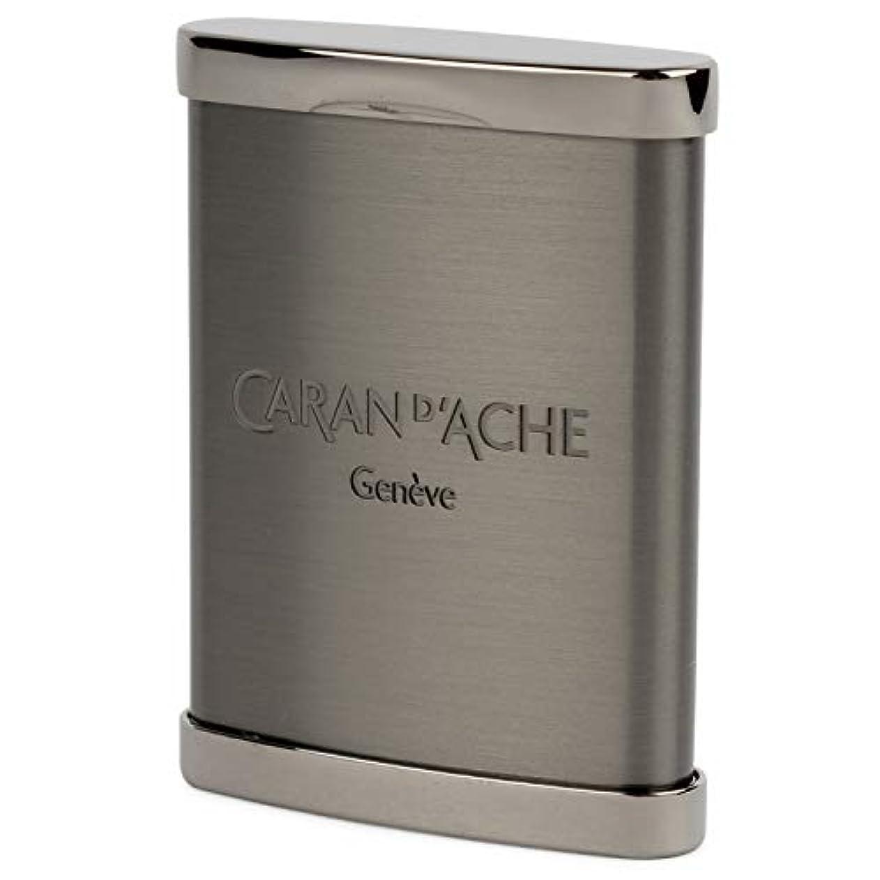 道徳分析教義CARAN d'ACHE(カランダッシュ) 携帯灰皿 サテン仕上げ