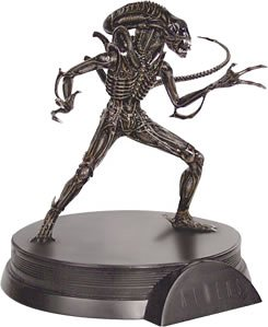 Alien / Predator - Signature Series Statue: Aliens - Alien Warrior Statue