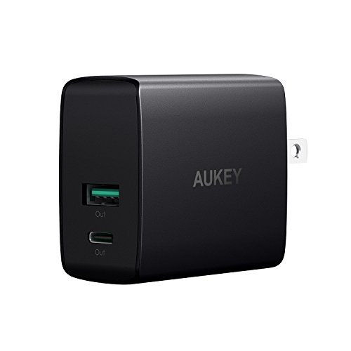 AUKEY USB充電器 25.5W 5V/3A USB-C 5V/2.1A USBポート Google Pixel / XL, Nexus 5X / 6P, Nintendo Switch, iPhone X / 8 / Plus,新型 iPad Pro など対応 PA-Y9
