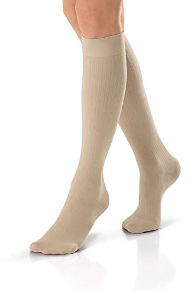 恥ずかしいアボート致死Jobst soSoft Women Ribbed Knee Highs 15-20mmHg, S, Sand by Jobst