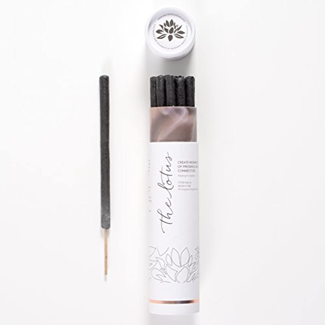 回る店員子猫The LotusバリIncense – 10プレミアムLong Burn ' Fat ' Sticks。100 % Organic & Natural Ingredients。