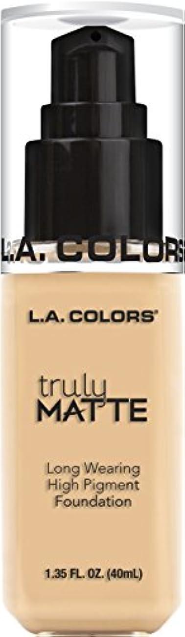 非アクティブシャックル続編L.A. COLORS Truly Matte Foundation - Porcelain (並行輸入品)