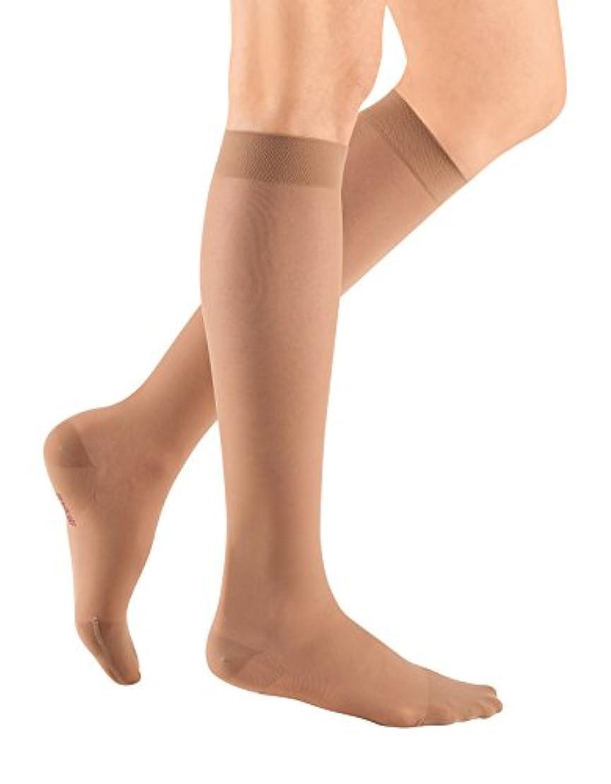 お複製する誰でもMediven Sheer and Soft Calf Length Stockings, Closed Toe, 15-20 mmHg, III, Natural, 1/Pair, MDV42403 by Medius