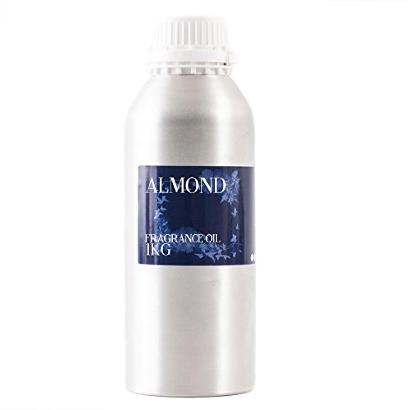 休日乱用船外Mystic Moments | Almond Fragrance Oil - 1Kg