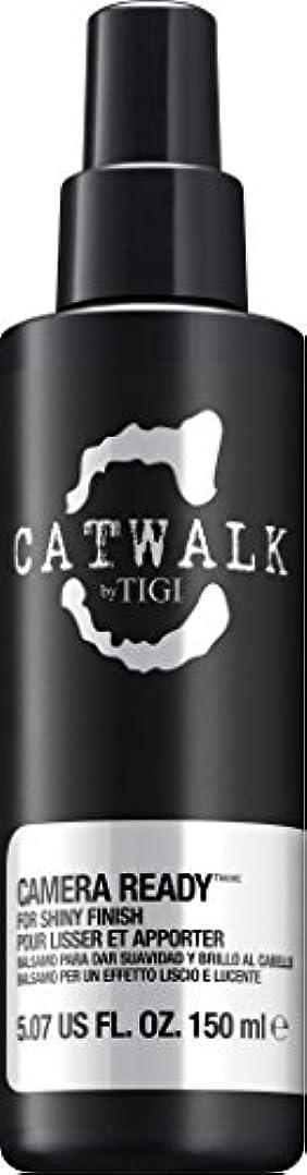 ドール乳製品放牧するby Tigi CAMERA READY SHINE SPRAY 5.07 OZ by CATWALK