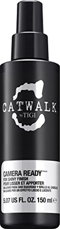 調停者サーバントチャップby Tigi CAMERA READY SHINE SPRAY 5.07 OZ by CATWALK