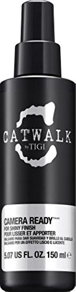 疎外する有用代わりのby Tigi CAMERA READY SHINE SPRAY 5.07 OZ by CATWALK