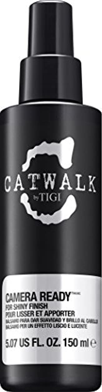 犯罪柔らかい僕のby Tigi CAMERA READY SHINE SPRAY 5.07 OZ by CATWALK