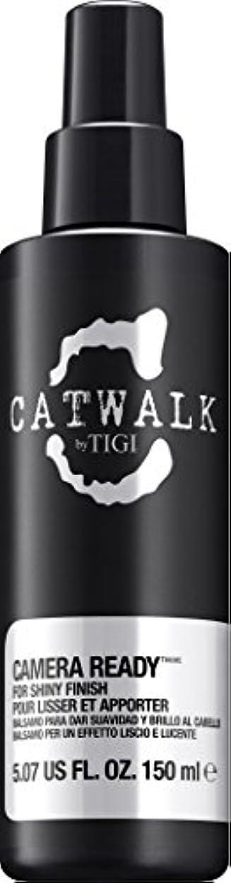 再発する教育者トーンby Tigi CAMERA READY SHINE SPRAY 5.07 OZ by CATWALK
