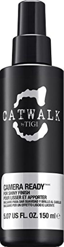 懐疑論ラジエーター滴下by Tigi CAMERA READY SHINE SPRAY 5.07 OZ by CATWALK