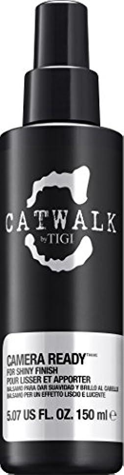 姉妹水曜日民族主義by Tigi CAMERA READY SHINE SPRAY 5.07 OZ by CATWALK