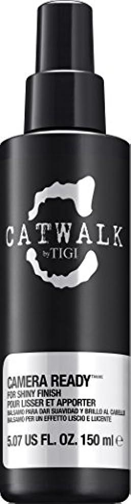 パース疑いいっぱいby Tigi CAMERA READY SHINE SPRAY 5.07 OZ by CATWALK