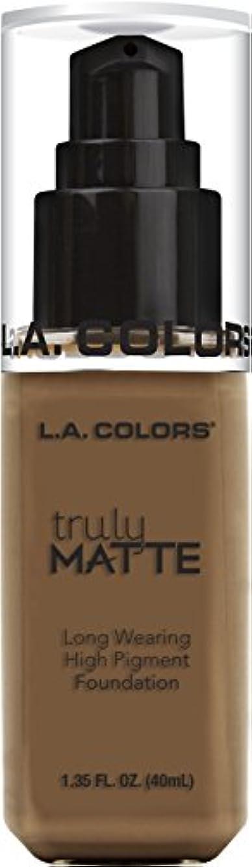 支配する百年講師L.A. COLORS Truly Matte Foundation - Cappuccino (並行輸入品)