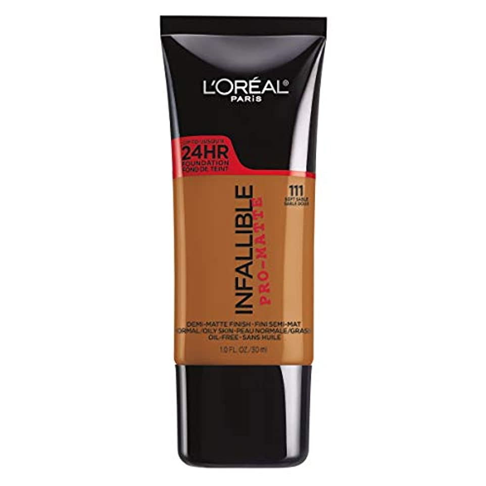突然わかる毎回L'Oreal Paris Infallible Pro-Matte Foundation Makeup, 111 Soft Sable, 1 fl. oz[並行輸入品]