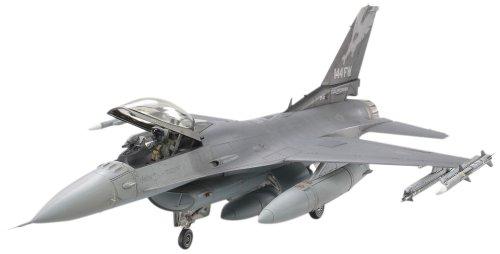 タミヤ 1/48 傑作機シリーズ No.101 アメリカ空軍 ロッキード マーチン F-16C ブロック25/32 ファイティングファルコン アメリカ州空軍 プラモデル 61101