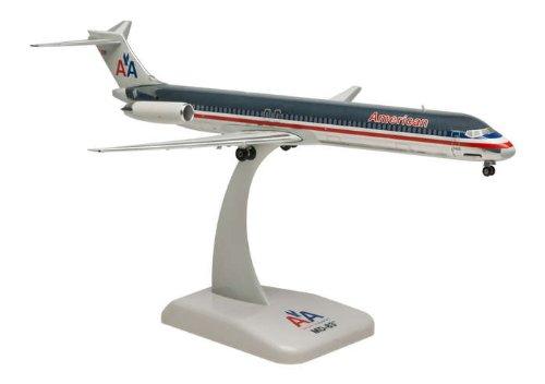 1: 200 ホーガンウィングス アメリカン 航空 MD-83 Chrome Finish, Die-cast metal, with Display Stand (並行輸入)
