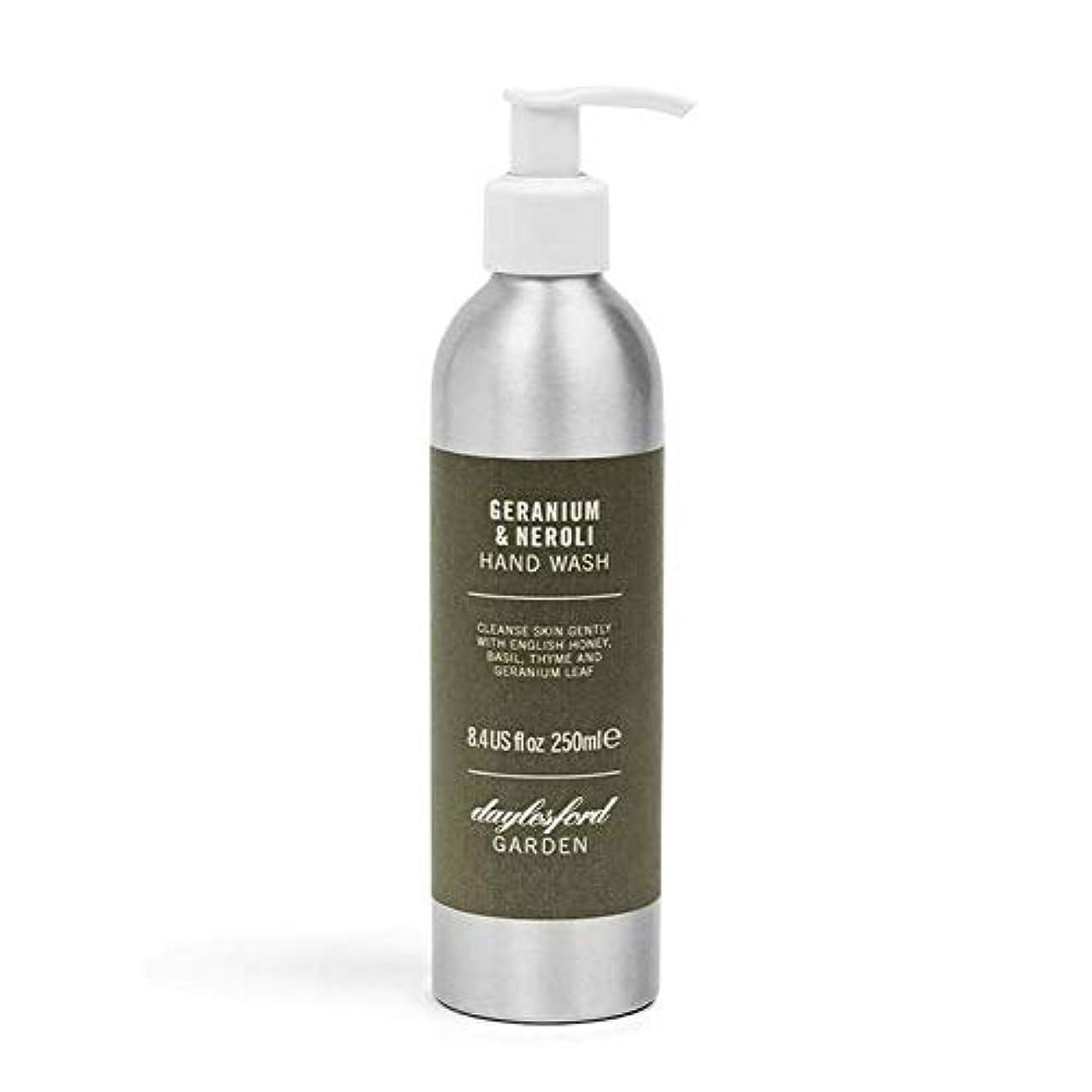 許容ウォーターフロントうなずく[Daylesford ] デイルスフォードの自然ゼラニウム&ネロリのハンドウォッシュ250ミリリットル - Daylesford Natural Geranium & Neroli Hand Wash 250ml [並行輸入品]