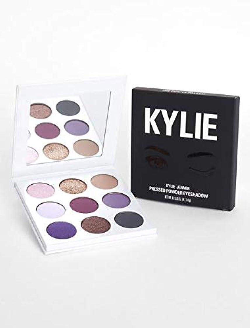 代理店まろやかなうがい薬kyliecosmetics カイリージェンナー カイリーコスメ アイシャドウ KYSHADOW The Purple Palette