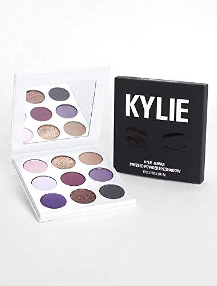 一次脆いホールkyliecosmetics カイリージェンナー カイリーコスメ アイシャドウ KYSHADOW The Purple Palette