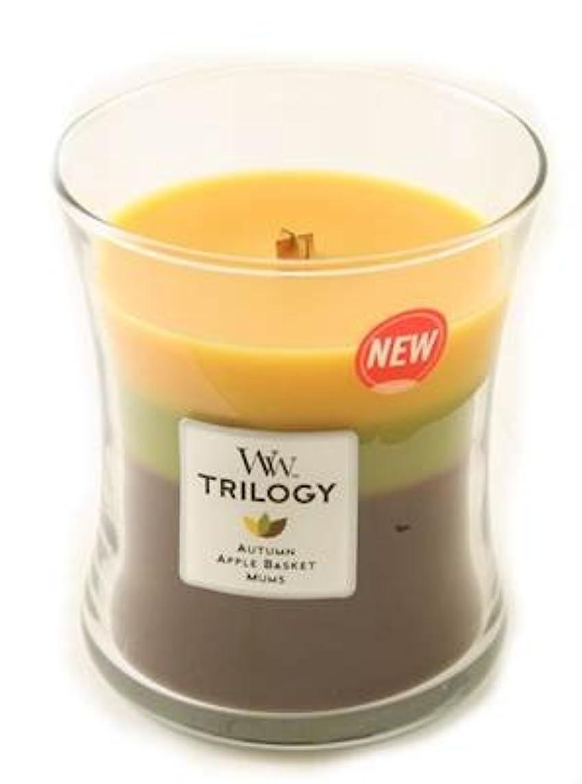 薬を飲む放映分割Fall Traditions WoodWick Trilogy 10オンス香りつきJar Candle – 3 in 1つ