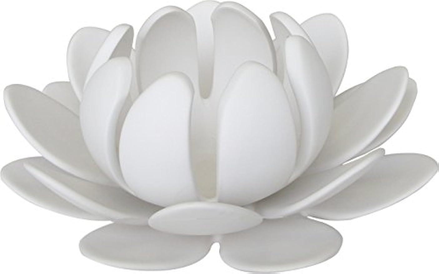 スカートによってスラム街マルエス 燭台 陶器製三連 ロータス 大 ホワイト