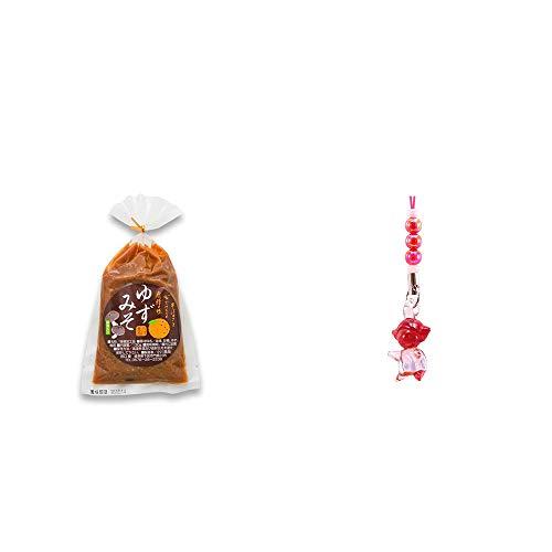 [2点セット] ゆずみそ(130g) ・ガラスのさるぼぼ 手作りキーホルダー 【赤】 /縁結び・安産・夫婦円満・子供の成長祈願・勝負運//