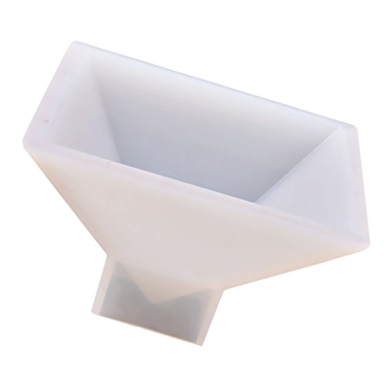 Fityle ピラミッド形状 樹脂装飾 DIYシリコンモールド 手芸モールド 約9.5x9.5x6cm