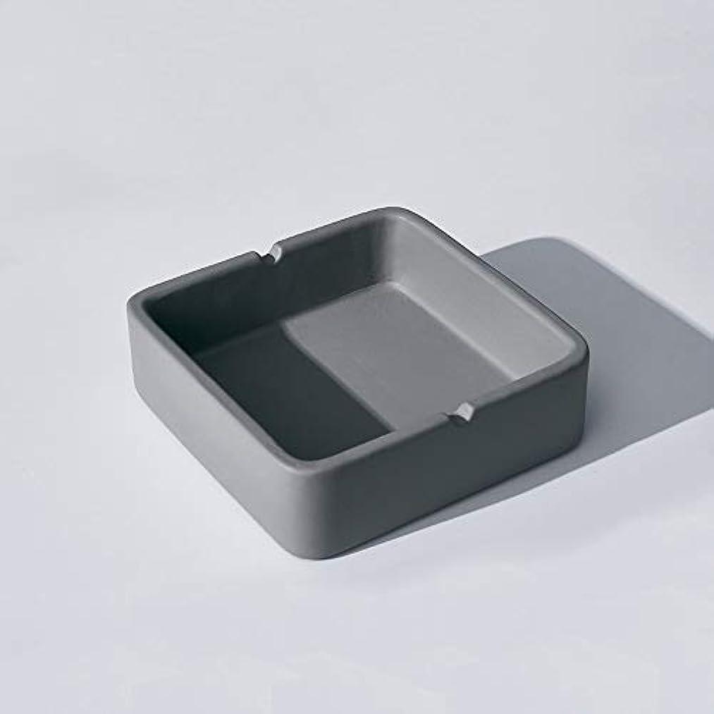 ダニチキンインレイ正方形の灰皿、繊細なコンクリートの質感の灰皿、多人数使用シーンに適したパーソナライズされた屋外の灰皿の装飾 (Size : S)