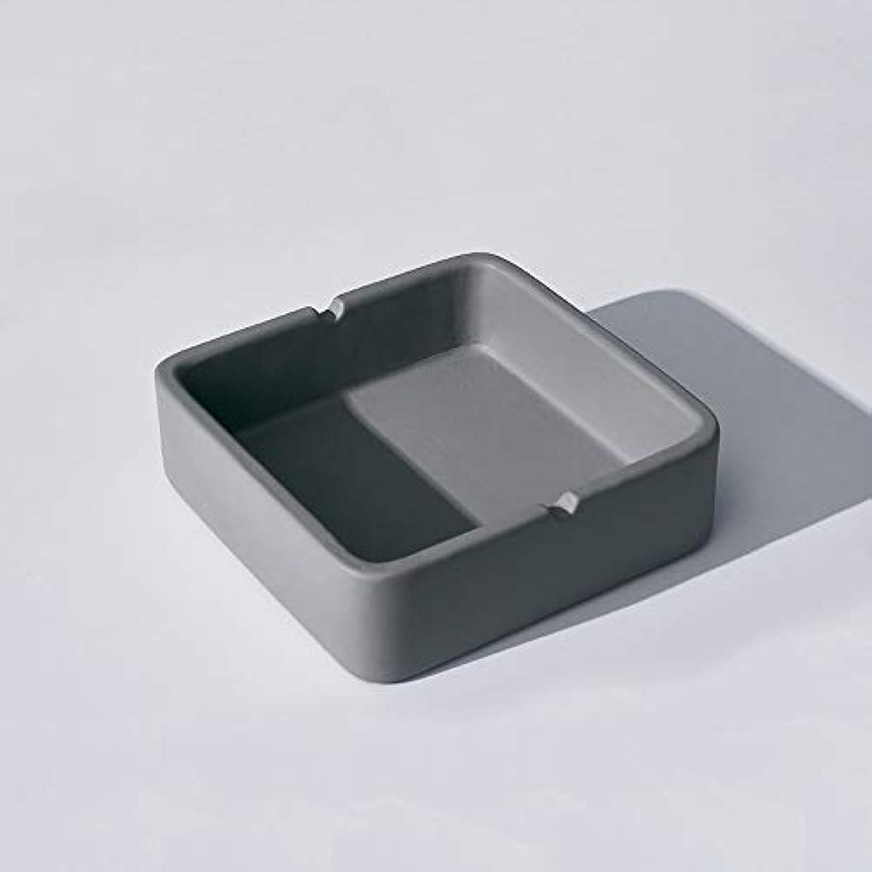 悲劇的なところで礼拝正方形の灰皿、繊細なコンクリートの質感の灰皿、多人数使用シーンに適したパーソナライズされた屋外の灰皿の装飾 (Size : S)