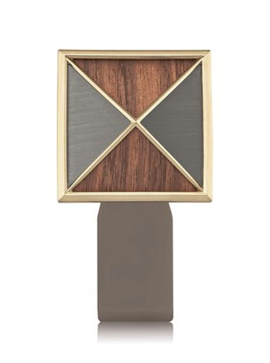 服ステージ光沢【Bath&Body Works/バス&ボディワークス】 ルームフレグランス プラグインスターター (本体のみ) テクスチャーシールド Wallflowers Fragrance Plug Textured Shield...
