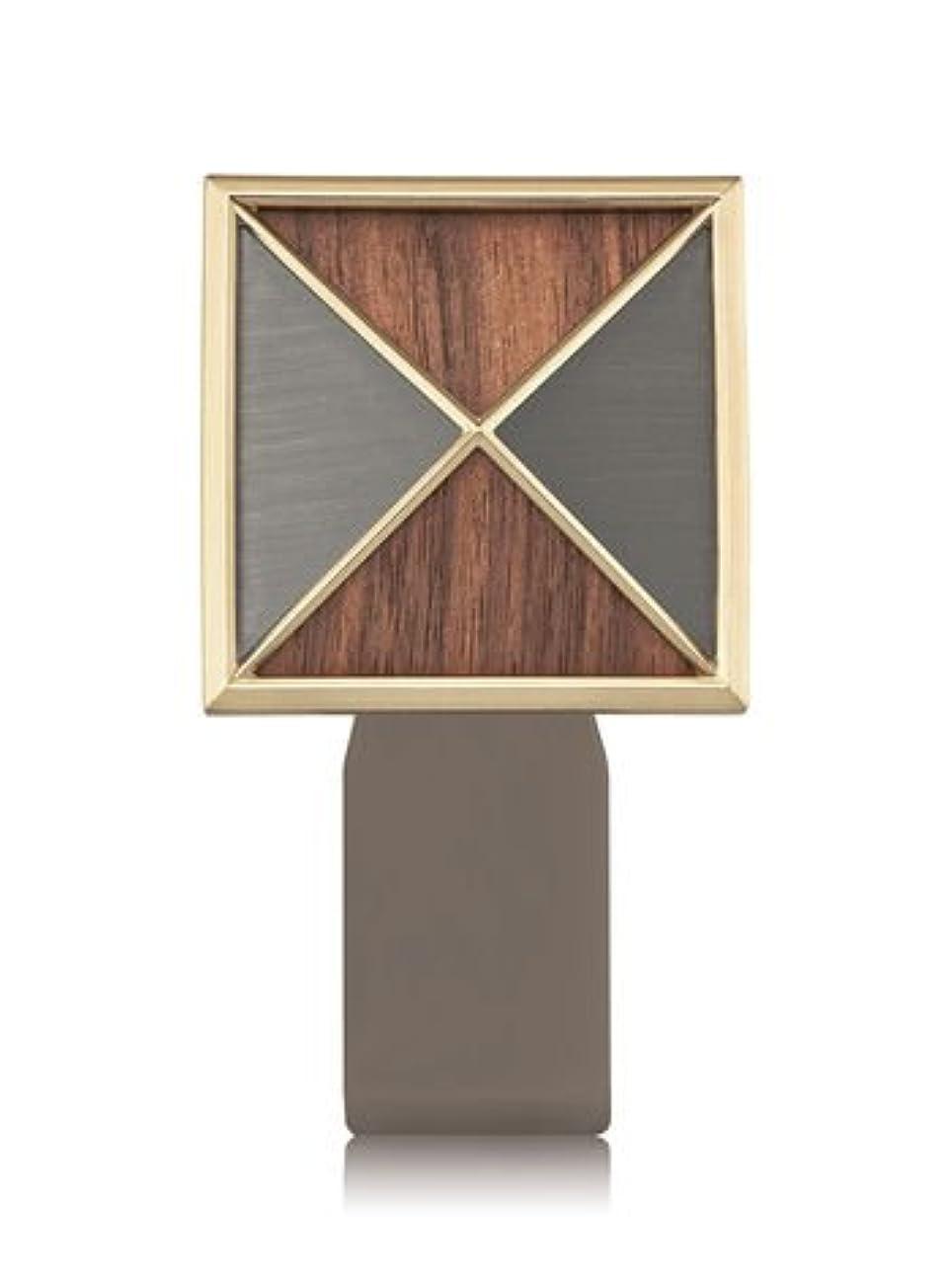 【Bath&Body Works/バス&ボディワークス】 ルームフレグランス プラグインスターター (本体のみ) テクスチャーシールド Wallflowers Fragrance Plug Textured Shield...