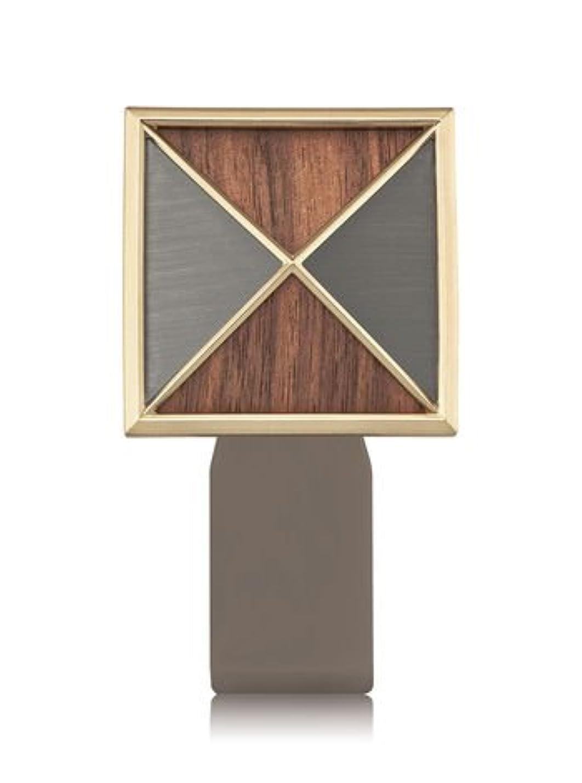 分布二年生国家【Bath&Body Works/バス&ボディワークス】 ルームフレグランス プラグインスターター (本体のみ) テクスチャーシールド Wallflowers Fragrance Plug Textured Shield...