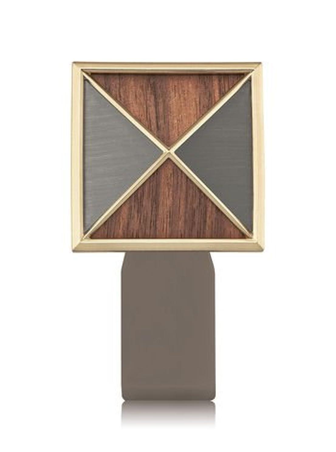 しなやかな発見する宣教師【Bath&Body Works/バス&ボディワークス】 ルームフレグランス プラグインスターター (本体のみ) テクスチャーシールド Wallflowers Fragrance Plug Textured Shield...