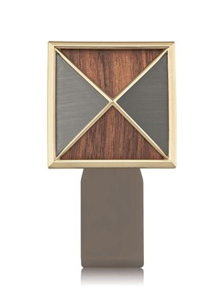 食事を調理する記念日藤色【Bath&Body Works/バス&ボディワークス】 ルームフレグランス プラグインスターター (本体のみ) テクスチャーシールド Wallflowers Fragrance Plug Textured Shield...