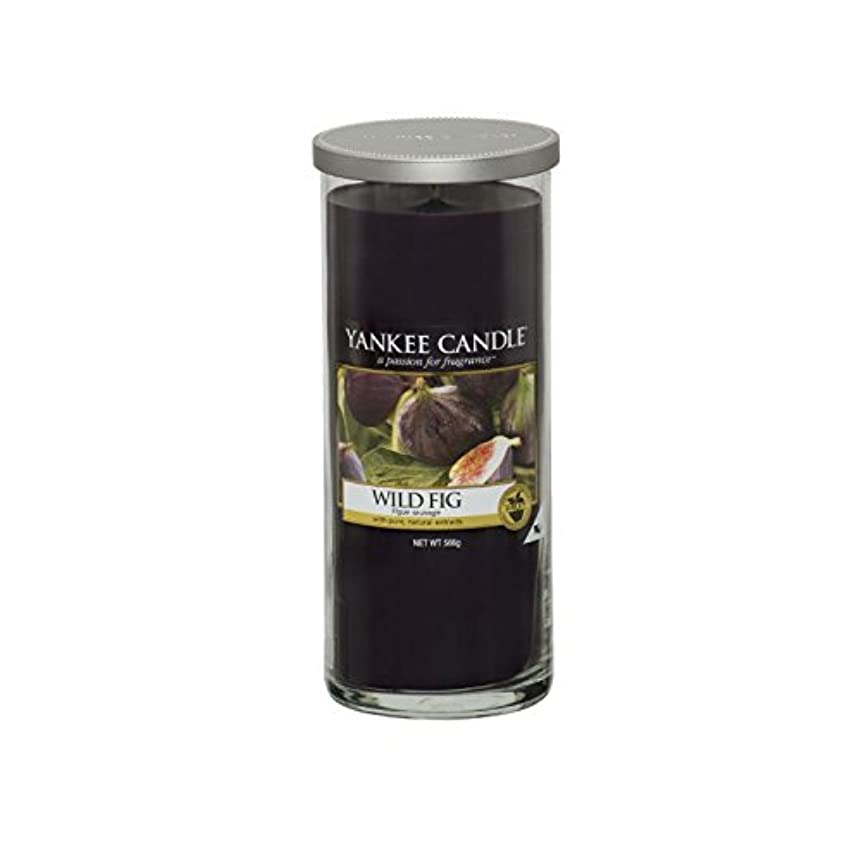 香水掃く製造業ヤンキーキャンドル大きな柱キャンドル - 野生のイチジク - Yankee Candles Large Pillar Candle - Wild Fig (Yankee Candles) [並行輸入品]