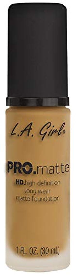 狂う静脈にはまってL.A. GIRL Pro Matte Foundation - Soft Beige (並行輸入品)