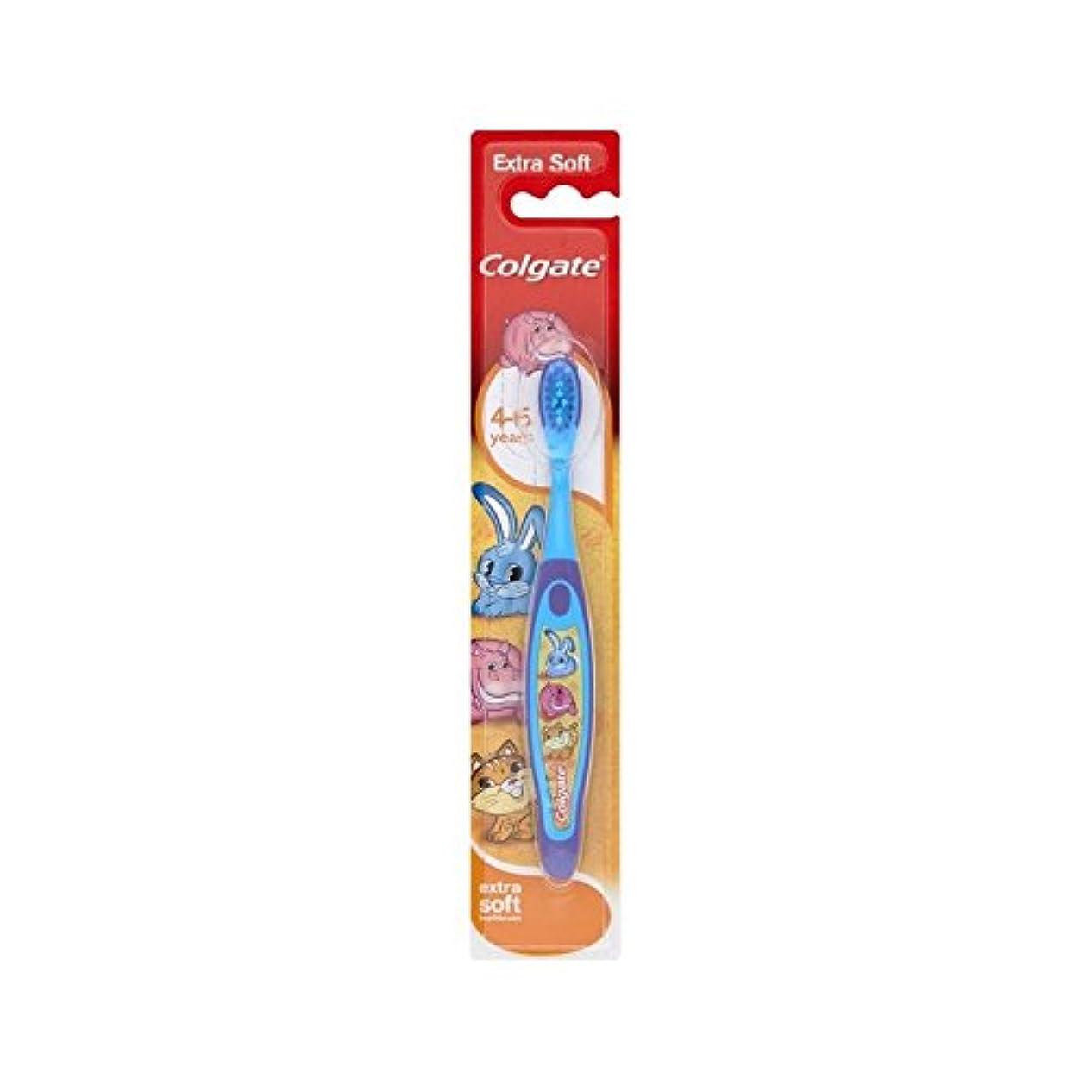 勇敢な家庭リスク4-6歳の歯ブラシを笑顔 (Colgate) (x 4) - Colgate Smiles 4-6 Years Old Toothbrush (Pack of 4) [並行輸入品]