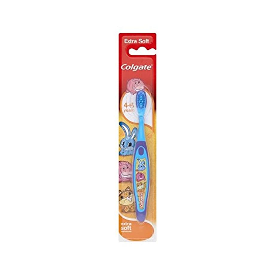 ぴかぴか小麦動員する4-6歳の歯ブラシを笑顔 (Colgate) (x 2) - Colgate Smiles 4-6 Years Old Toothbrush (Pack of 2) [並行輸入品]