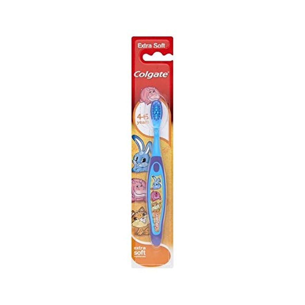 人差し指カート平らな4-6歳の歯ブラシを笑顔 (Colgate) (x 2) - Colgate Smiles 4-6 Years Old Toothbrush (Pack of 2) [並行輸入品]