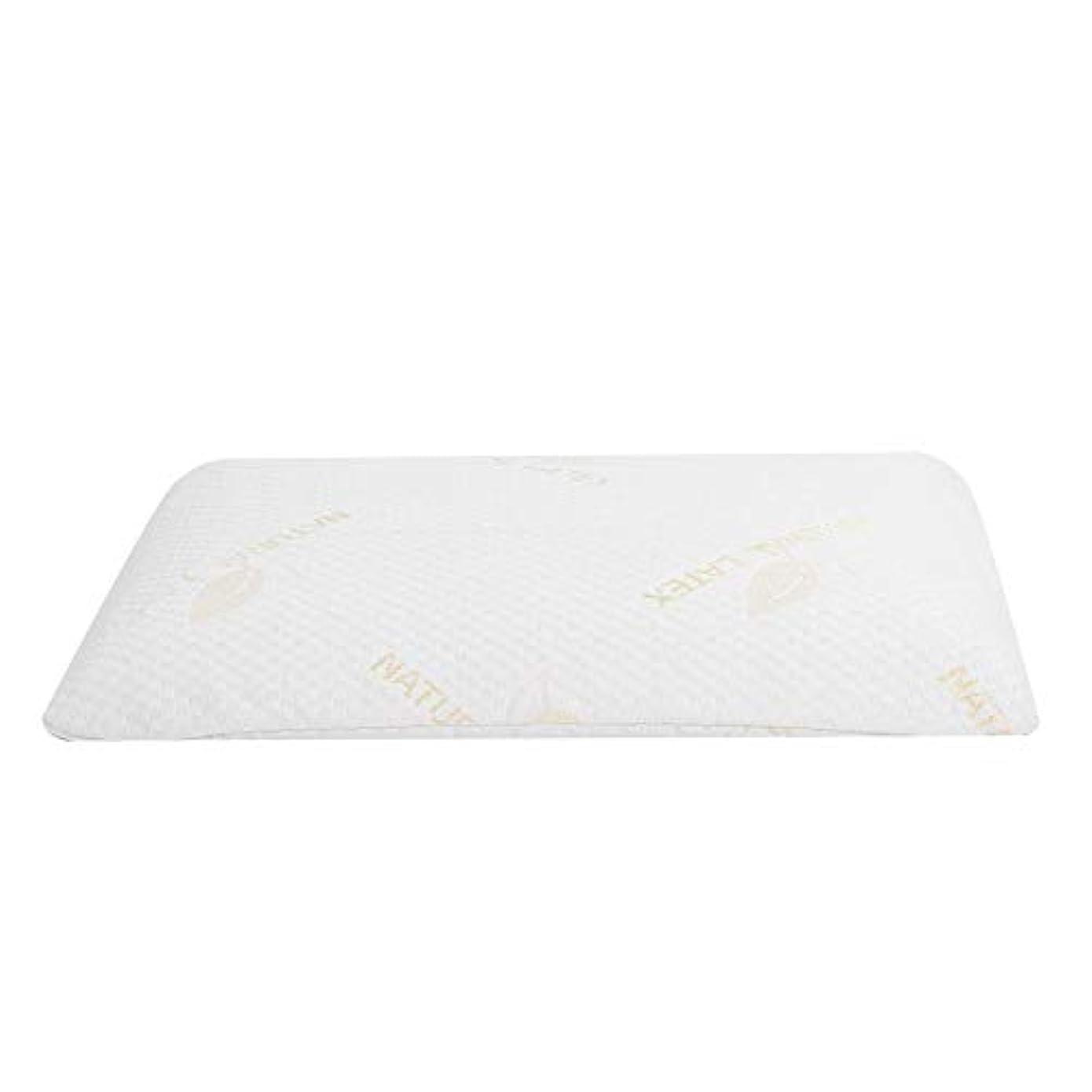 ラテックス枕、首と肩の痛みのための睡眠の自然な高い整形外科顆粒マッサージデザインのための豪華な記憶枕