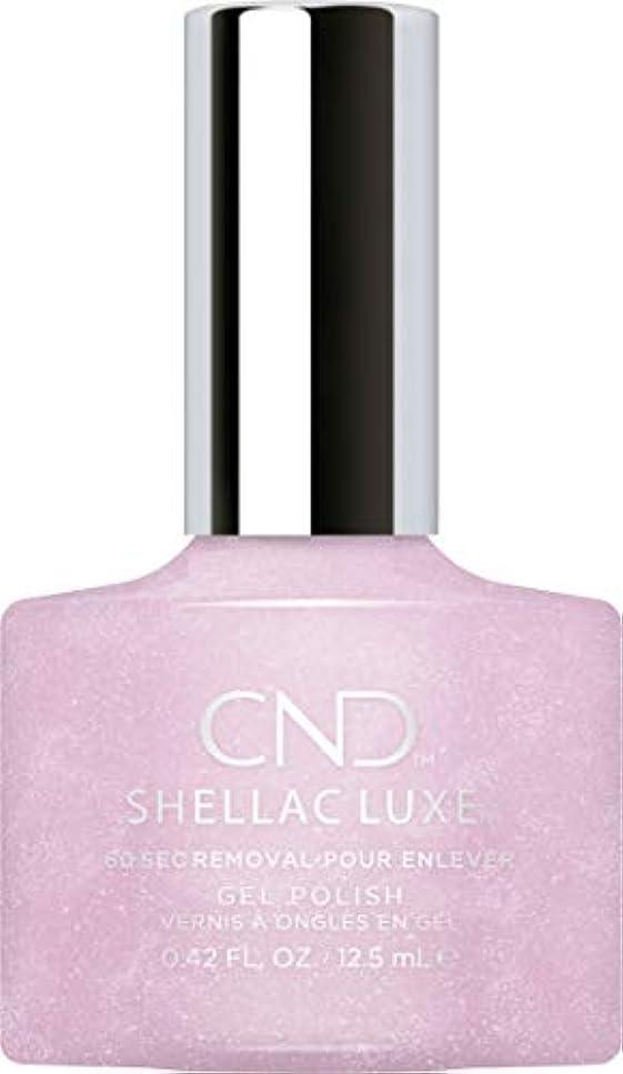 解読する回転状CND Shellac Luxe - Lavender Lace - 12.5 ml / 0.42 oz