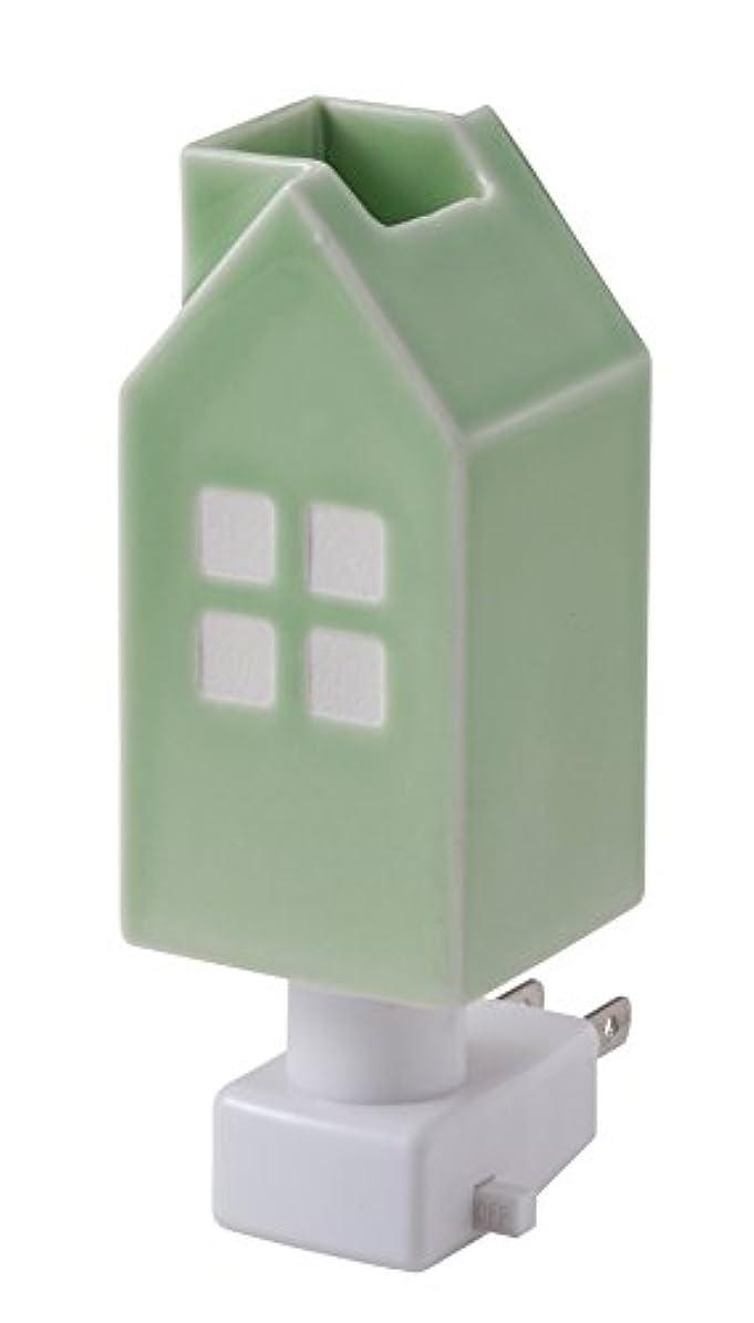 チャップ冷酷な告発者イシグロ デザイン小物 ライトグリーン W4.8×D4.8×H13cm ハウスアロマライトコンセント型 ライトグリーン 20077