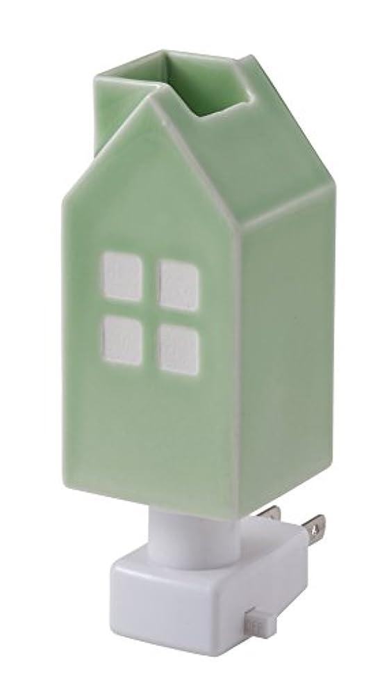 抽選ボウリング前進イシグロ デザイン小物 W4.8×D4.8×H13cm ハウスアロマライトコンセント型 ライトグリーン 20077
