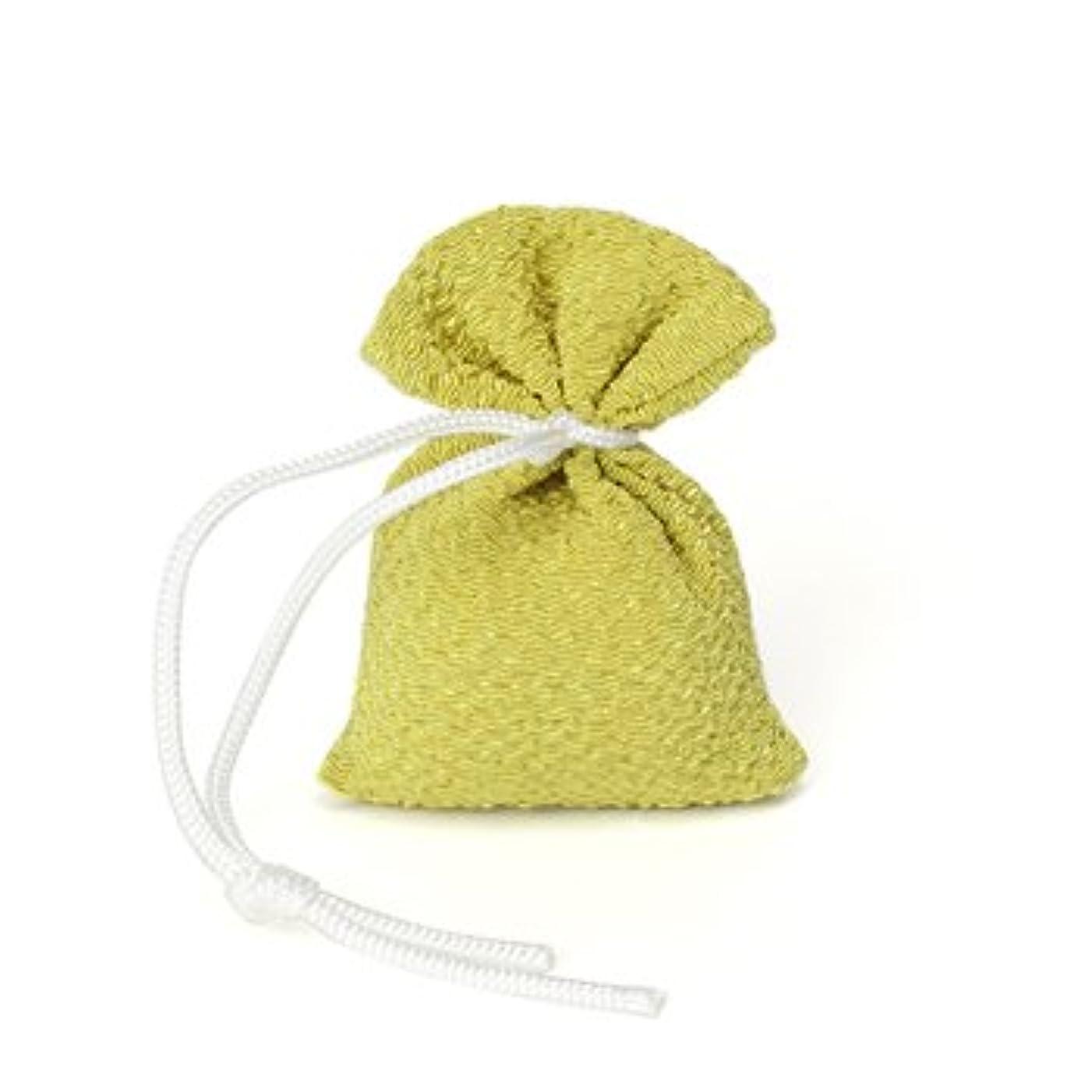 すぐにおばあさんプロペラ松栄堂 匂い袋 誰が袖 携帯用 1個入 ケースなし (色をお選びください) (抹茶)