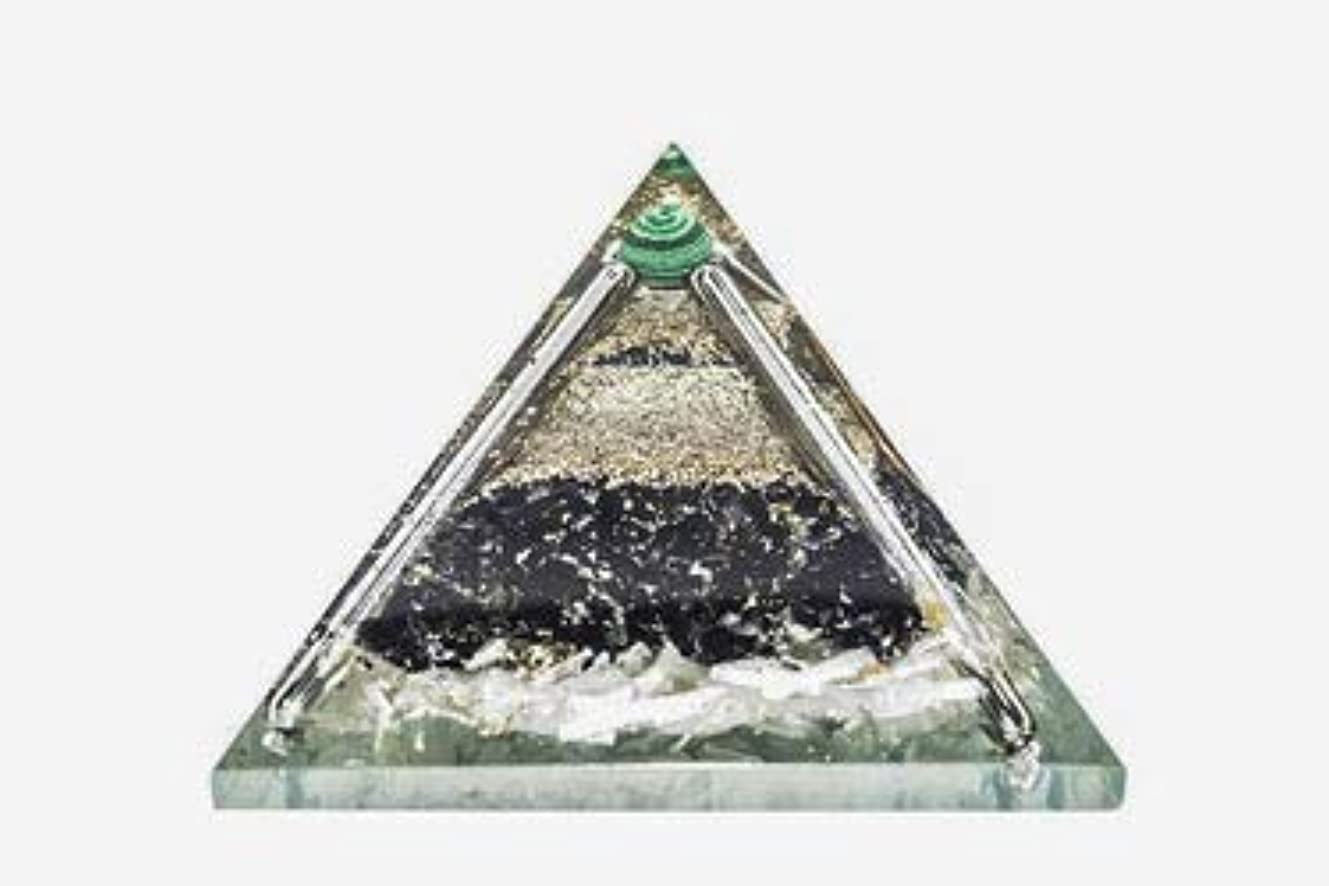 遊び場効果的に肥沃なcrocon Exclusive砂漠のブラックトルマリンOrgone Pyramid with Green MalachiteボールエネルギージェネレータレイキHealingオーラクレンジング& EMFの保護サイズ: 2.5...
