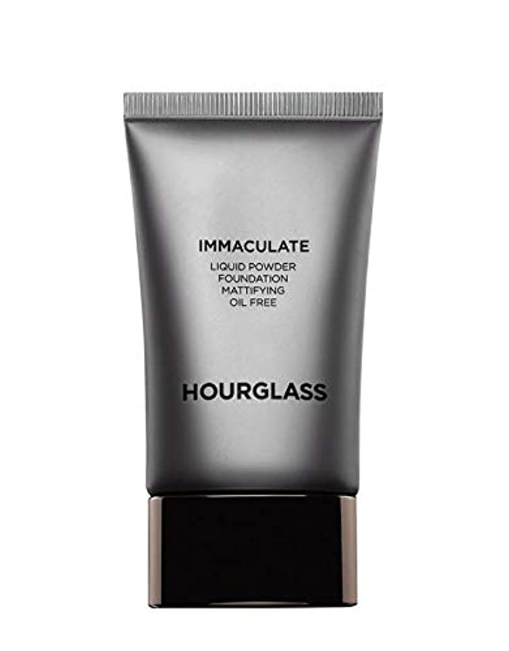 ペダル補体ロゴHOURGLASS Immaculate Liquid Powder Foundation Mattifying Oil Free NEW PACKAGE 2019 (Bare)